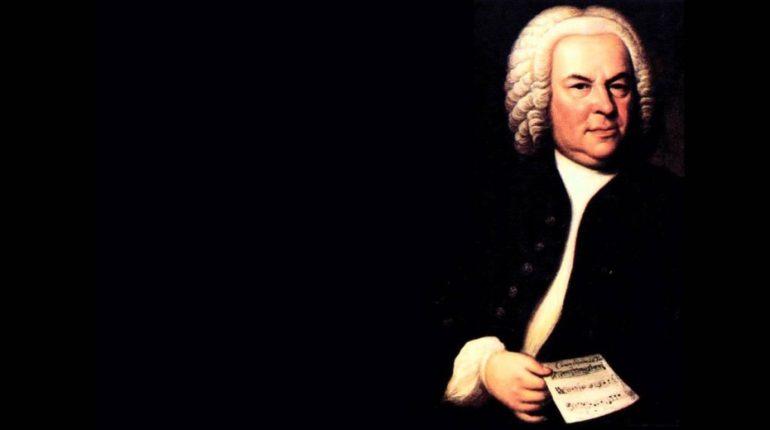 Müziğin anayasasını yazan en büyük besteci Bach'tır