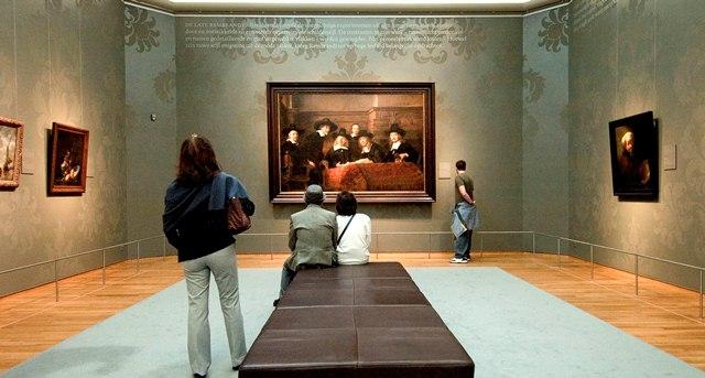Bu müze sizden çizim yapmanızı istiyor