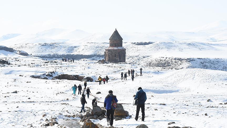 Dünya kenti, 40 kapılı şehir Ani'ye Doğu Ekspresi ile turist akını