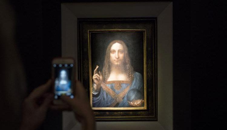 Suudi Arabistan Prensi Muhammed bin Selman'ın geçen aylarda müzayede satın aldığı Leonardo da Vinci'nin Salvatore Mundi tablosunu Abu Dabi prensi Şeyh Muhammed bin Zayid'e ait bir yatla takasa karar verdiği iddia ediliyor.