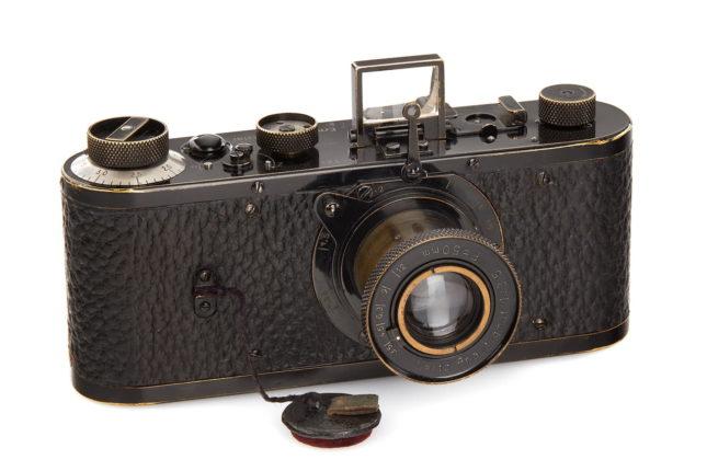 Dünyanın en pahalı fotoğraf makinesi 2.4 milyon Euro ile bir Leica
