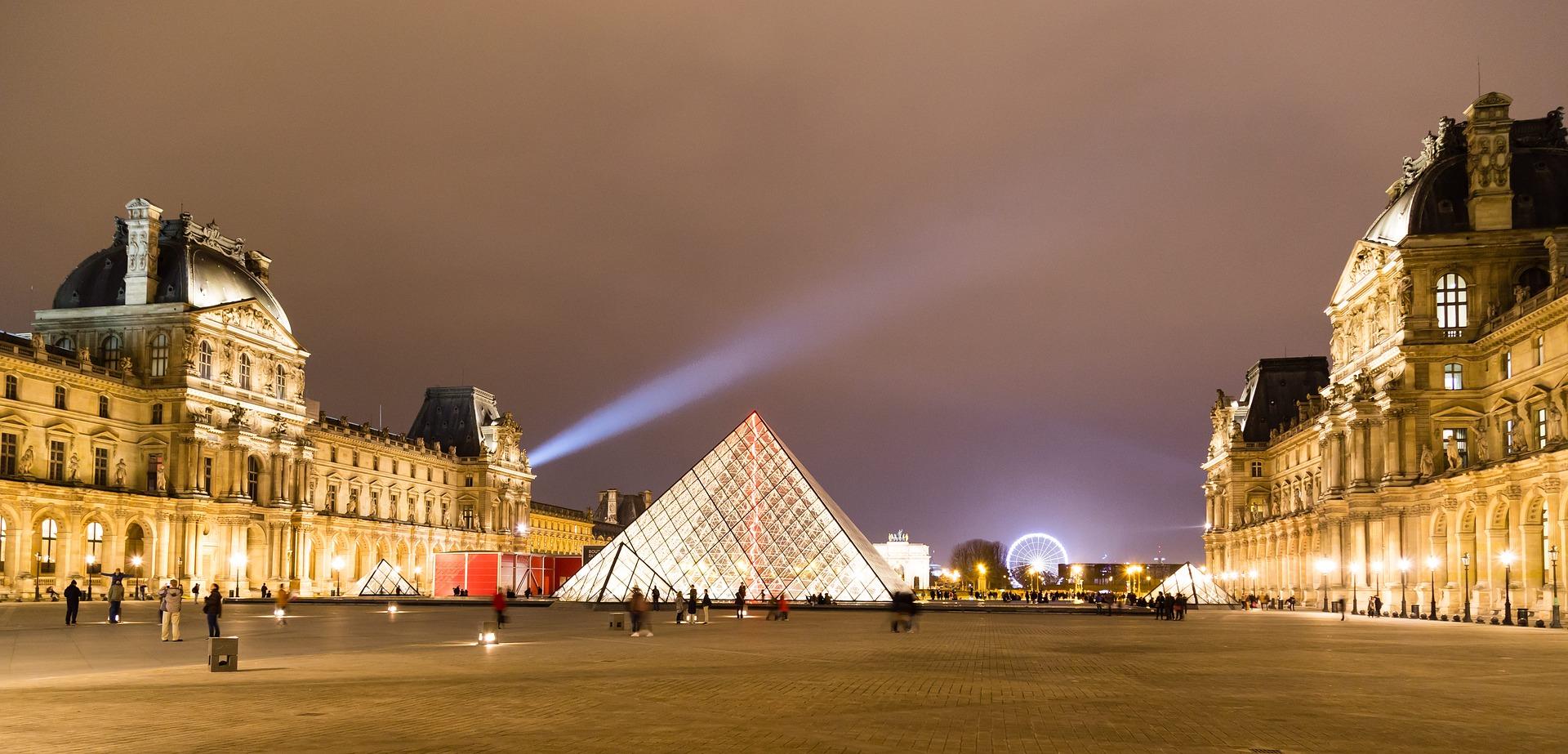 Louvre Müzesi ziyaretçi sayısında rekor kırdı