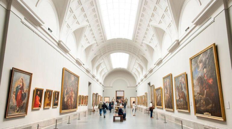 Avrupa'daki müzeler ve galeriler yıldönümleri için yarışıyor