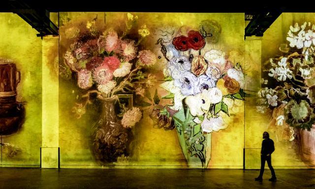 Sürükleyici Van Gogh şovu Paris'te açılıyor