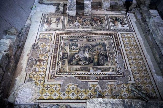 Dünyanın en büyük tek parça mozaiği Antakya'da bulundu